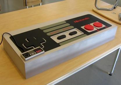 Tay cầm NES khổng lồ